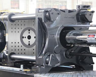 مزایای دستگاه های تزریق پلاستیک هیدرولیکی نسبت به تمام برقی